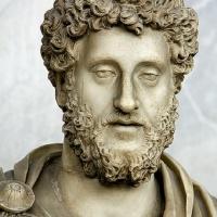 Julma Keisari Commodus  (Syntyi tänä päivänä vuonna 161 jaa.)