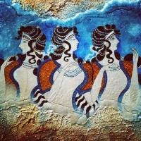 Antiikin Nainen : Kreetalainen Yhteiskunta Ja Naisjumaluudet