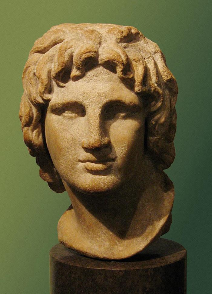 Aleksanteri Suuren rintapatsas British Museumissa. Patsas on alkujaan Aleksandriasta ja se kuvaa Aleksanteria 20-vuotiaana. Kuva: Wikipedia.
