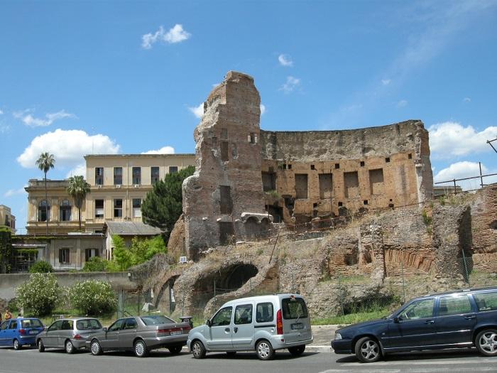 Trajanuksen kylpylän rauniot. Valokuva: The Stones of Ancient Latium.