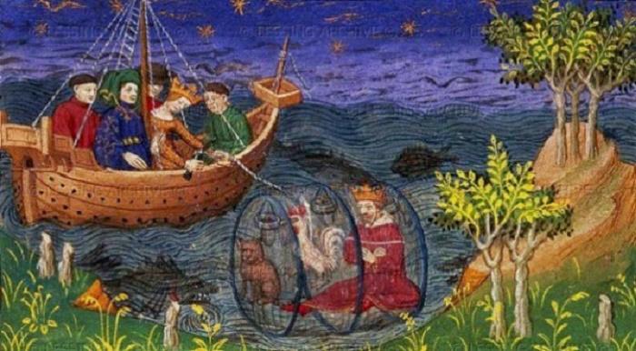"""Tämä mielikuvituksellinen teos esittää Aleksanteria tutkimassa merta lasisessa sukelluskellossa kissan ja kukon kanssa. Kuva on peräisin 1400-luvun käsikirjoituksesta """"Le Livre et la vraye histoire du bon roy Alexandre"""", jota nykyisin säilytetään British Libraryssa. Aleksanteria koskevat legendat ja myytit ovat levinneet laajalle hänen kuolemansa jälkeen yli 2000 vuoden ajan."""