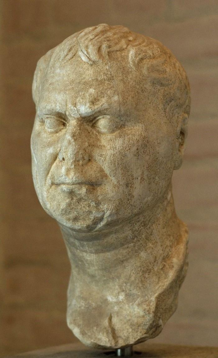 Tämän patsaan arvellaan esittävän Augustuksen isää Gaius Octaviusta. Glyptotek-museo. Valokuva: Wikipedia.