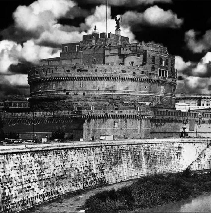 Hadrianuksen Mausoleumi/Castel Sant' Angelo. Kaikki artikkelissa olevat valokuvat ovat omiani jollei toisin mainita.