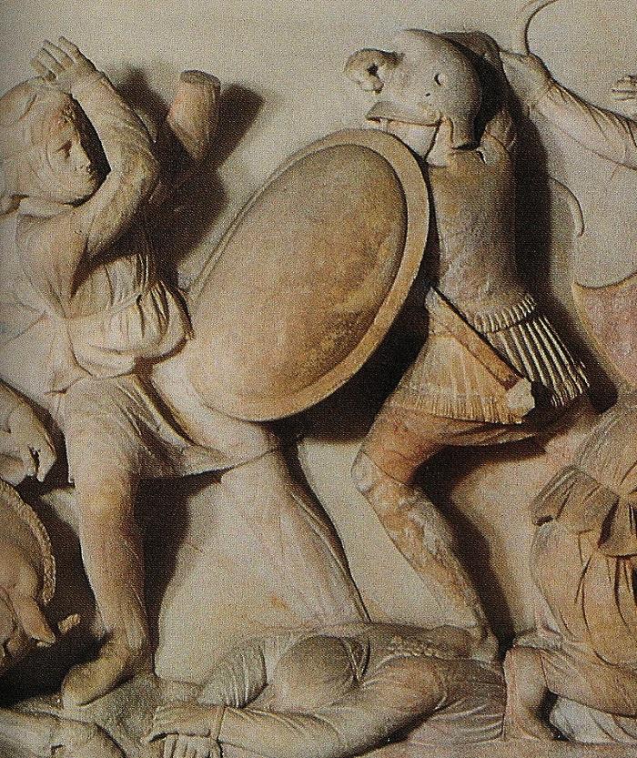 Jalkaväen sotilas kuvattuna Aleksanteri sargofagissa.