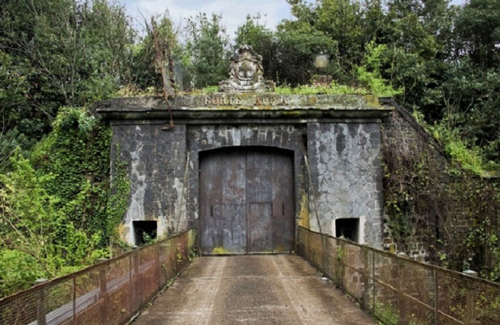 Portale Forte Appia Antica (2)