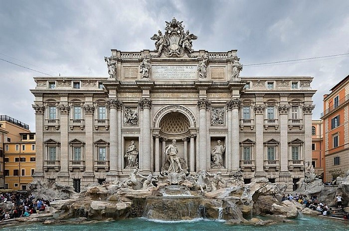 Fontana di Trevi. Valokuvaaja tuntematon.