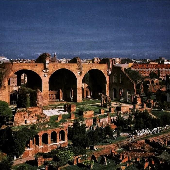 maxentiuksen basilica
