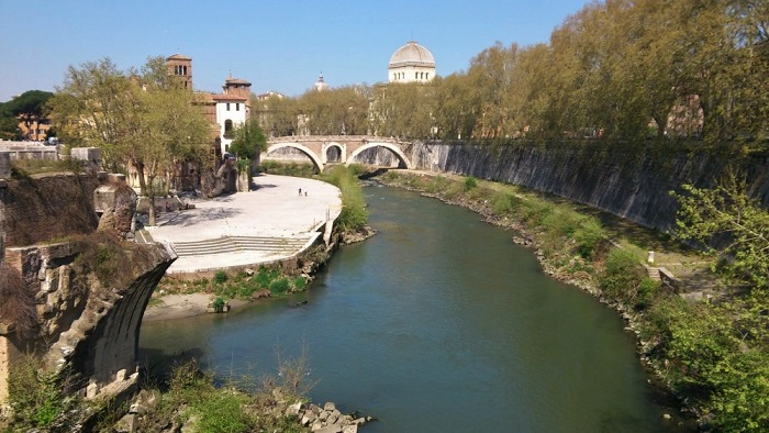 Tiber_River_(Rome) (2)